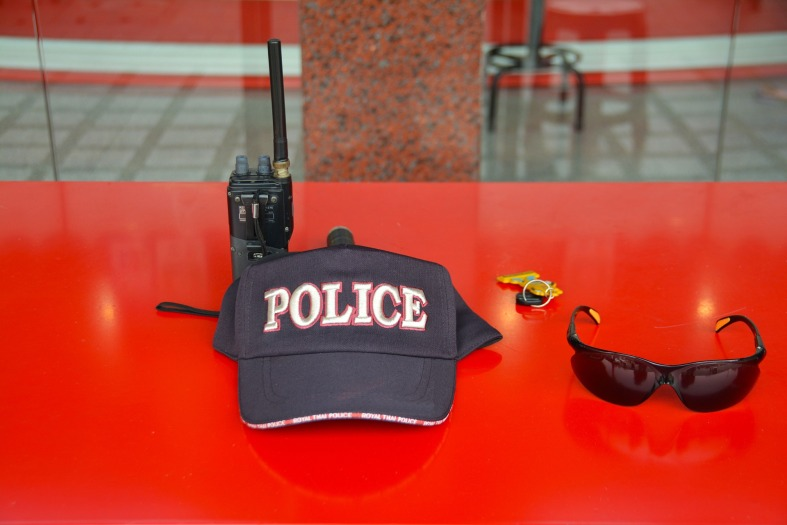 police-hat-1336925_1920